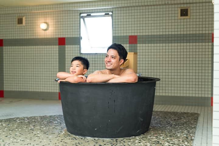 1名様~6名様 客室広さ80㎡ ファミリーに人気の五右衛門風呂付メゾネットタイプのお部屋