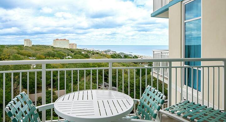 2 Bedroom Unit steps away from the beautiful OCEAN