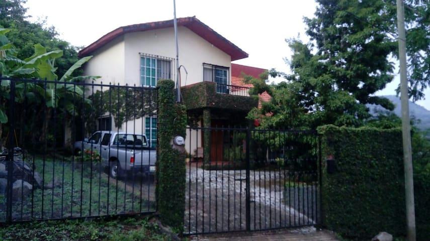 Habitaciones en casa viva y acogedora, Los Tuxtlas