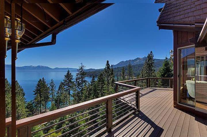 Sunnyview Lakeview Lodge: Stunning Views!