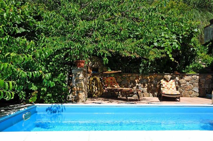 Villa Il Pettirosso, 5 pax with pool, near 5Terre