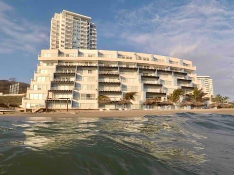 Playas Villamil. Dpto al pié del mar Ocean Club