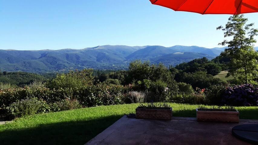Balcon sur la vallée de la Barguillère 10mn Foix