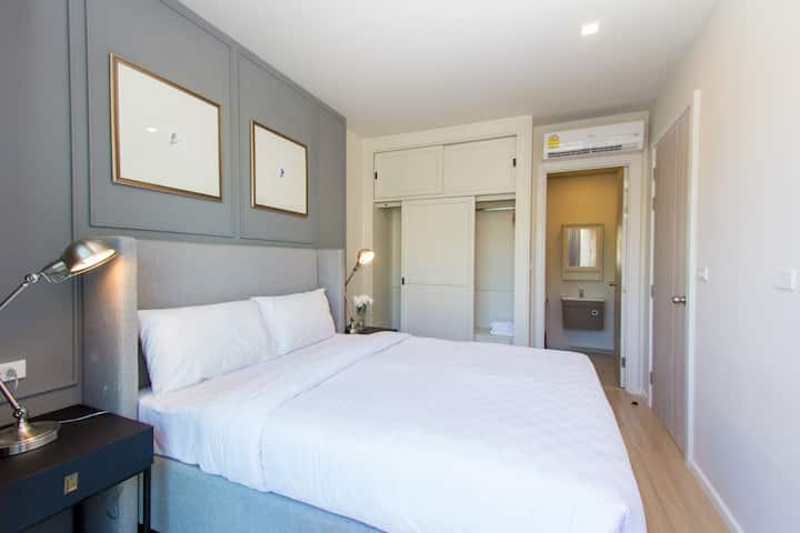 Cozy One Bedroom Apartment Studio w/ Rooftop Pool