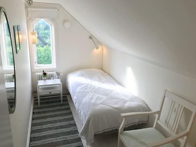 Single Room – Styrsö Tången B&B