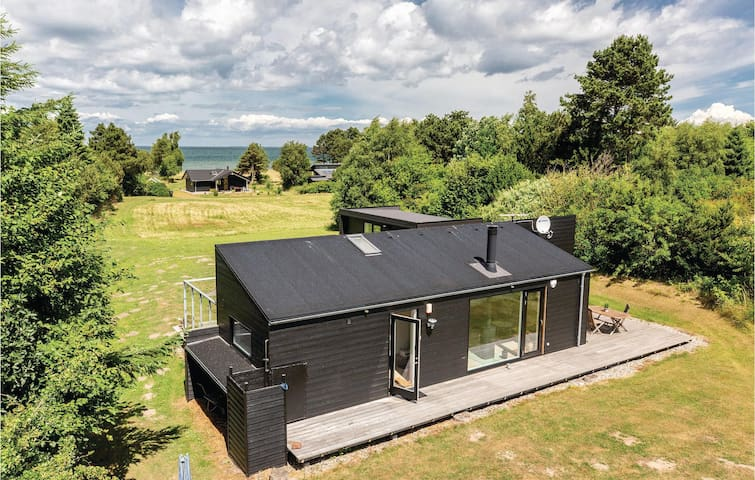 Holiday cottage with 2 bedrooms on 80m² in Kalundborg