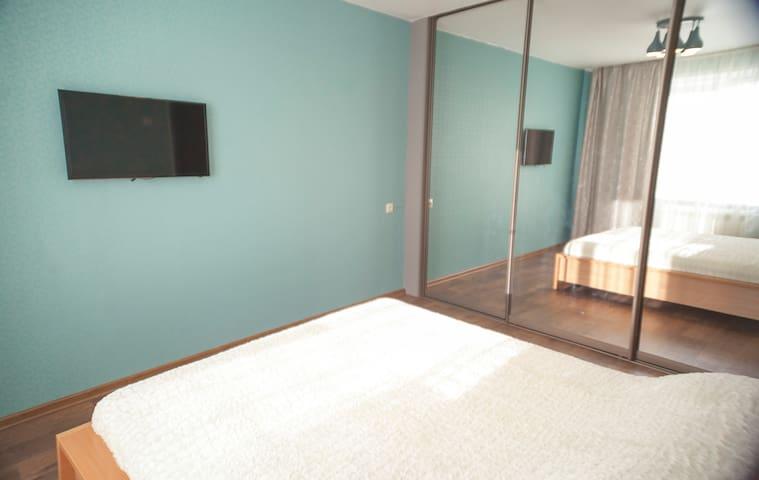 Спальня, двуспальная кровать 160*200