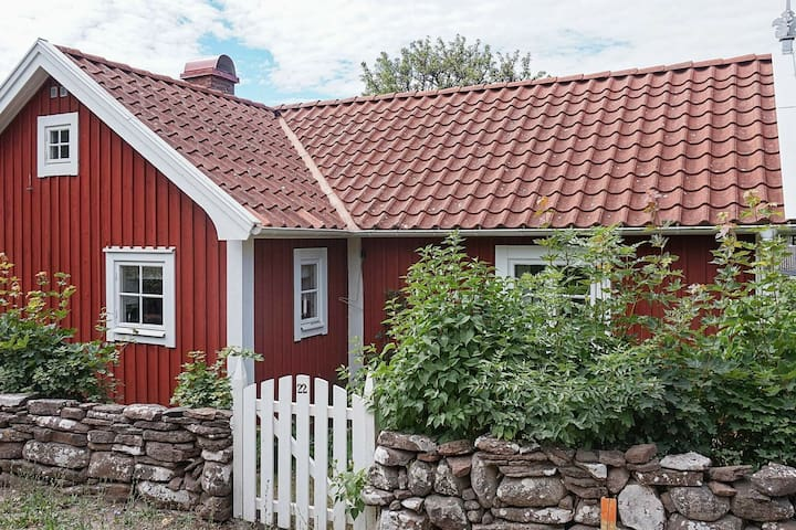 6 person holiday home in BORGHOLM