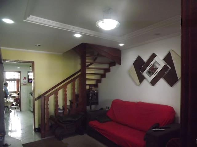 BELA CASA COM CONFORTO - Cabo Frio - Appartement en résidence