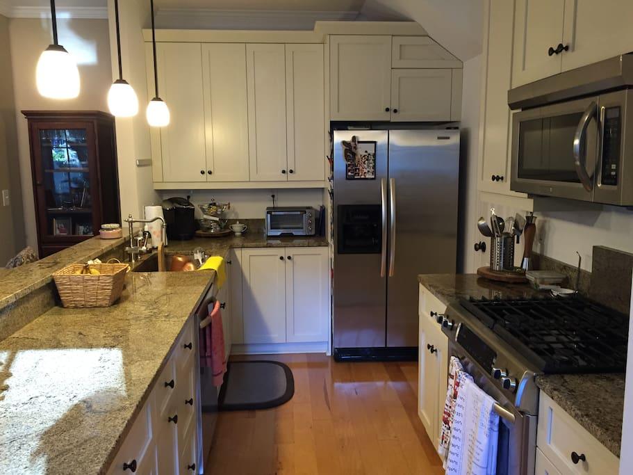 Kitchen- Keurig; Microwave; Gas Stove; Toaster
