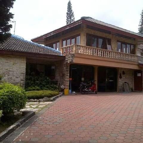 Villa puncak coolibah wa,085759737537