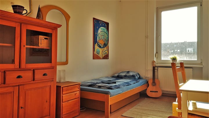 Helles Zimmer im Zentrum (6)