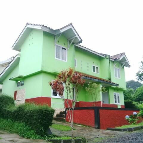 Villa SASKY CIATER - 4BR