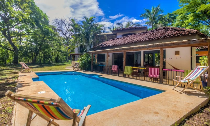 Casa Oasis Avellanas Beautiful Home and Apartment