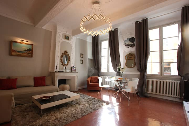 Historic center, 1/4 pers. WI FI, first floor