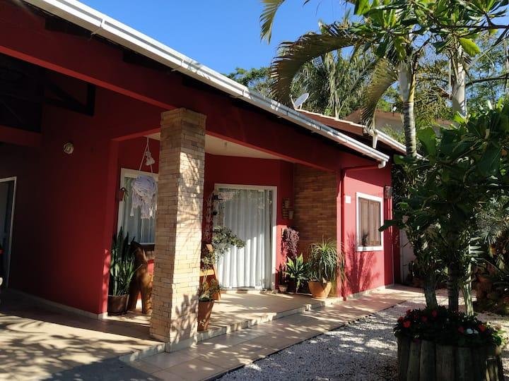 Casa na Praia Alegre - 600m da praia!