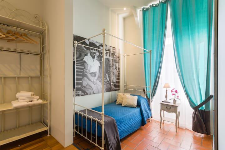 Nice one bed room Metro S.Giovanni wifi bathroom
