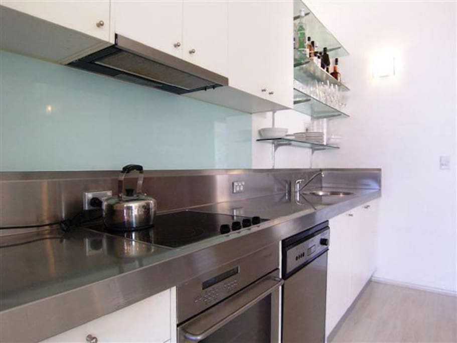 Full kitchen facilities.