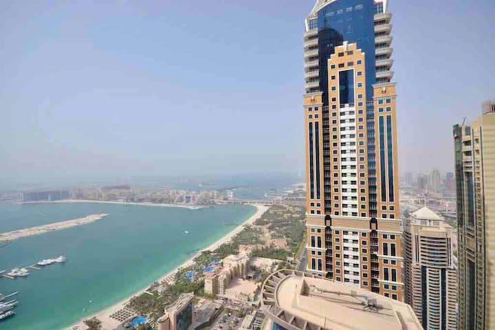 HOSTEL IN DUBAI MARINA NEXT TO BEACH,CLUB,TRAM #2