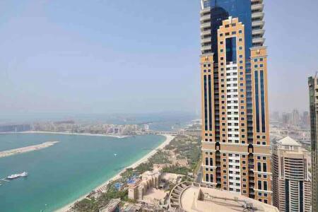 FEMALE HOSTEL DUBAI MARINA NEXT TO BEACH,TRAM #2