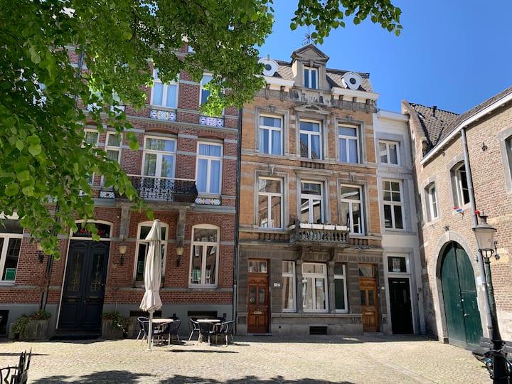 Keizer Karel Residentie - 't hart van Maastricht