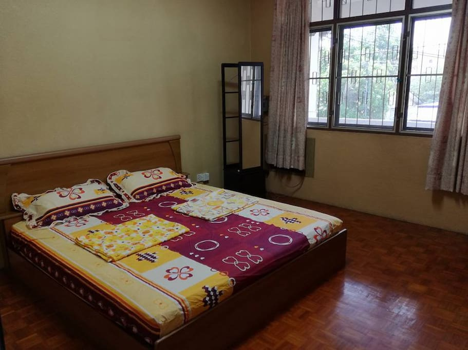 King Size Bed with Air Cond (Additional mattresses will be added if more than 2 guests)