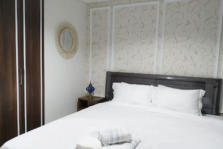 Cozy & Comfort studio Bintaro icon Apartemen