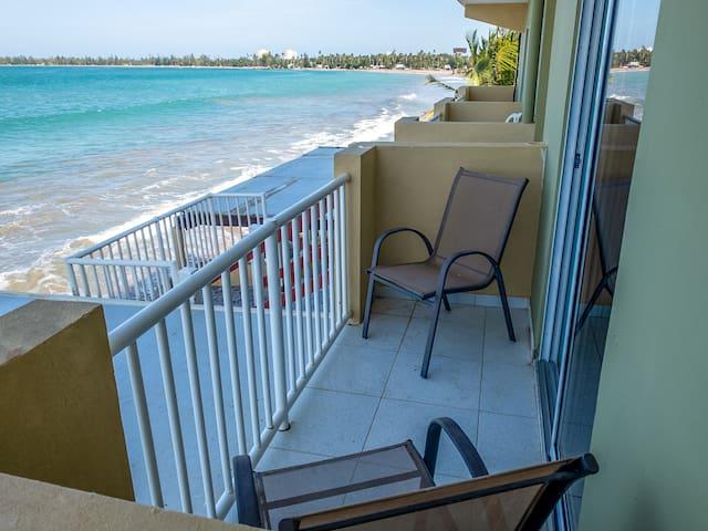 Fortuna's Beautiful Beachfront Apartment
