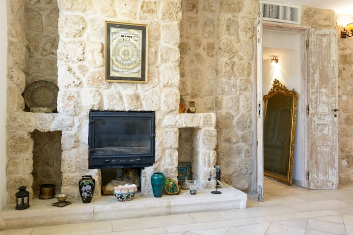 Authentic 1BR apartment, terrace, heart of Yafo - Tel Aviv-Yafo - Wohnung