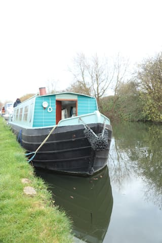 House boat in Camden - Trains to London&Airport
