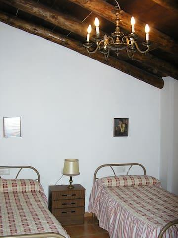 Rental flat in Camarena de la Sierra - Camarena de la Sierra - Pis
