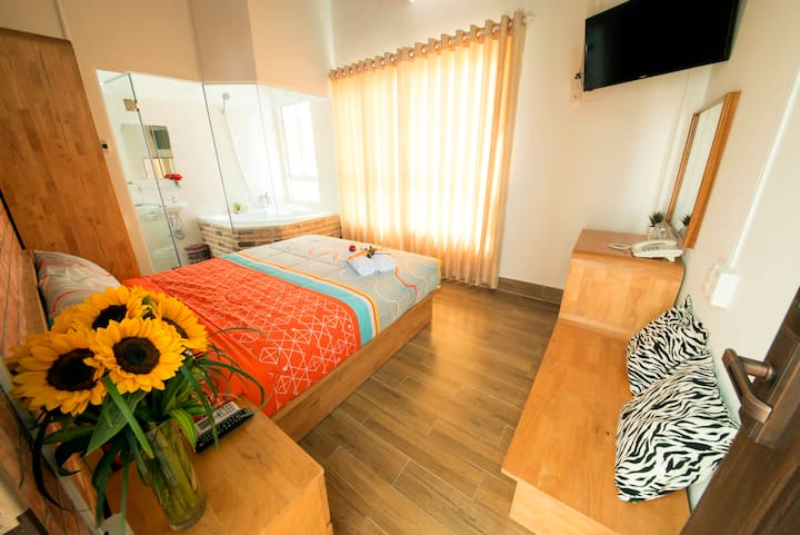 Little love from Nha Trang beach - 9 rooms with wc