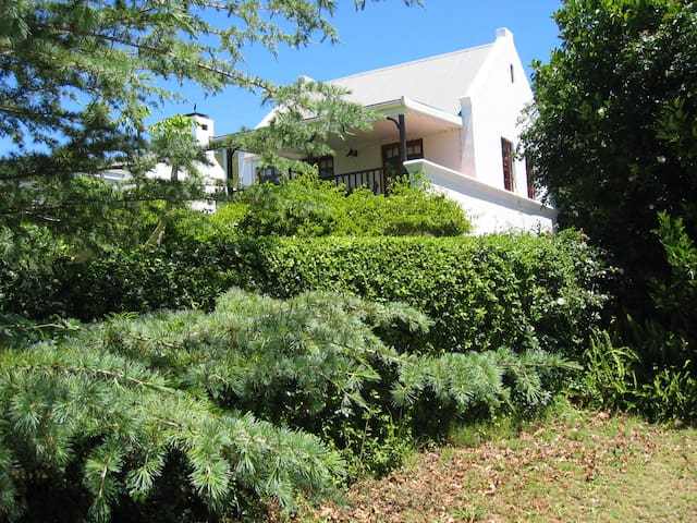 Belvidere Garden Apartment - Knysna - Apartment