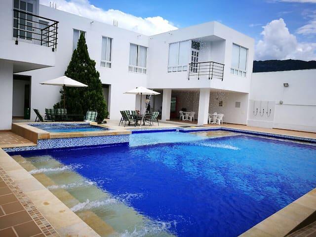 Casa Quinta Privada 49 huéspedes súper cómoda