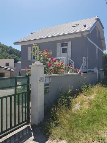 Appartement dans maison à La Ravoire