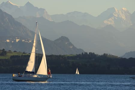 2h Sunsetsailing, overnight stay and aperitif - Cham - Boot