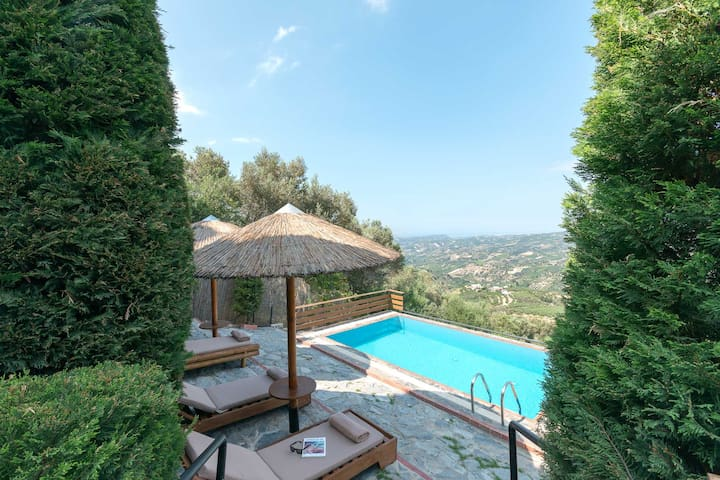 Villa Kastelas
