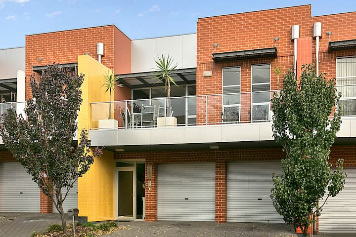Stylish haven close to everything - Norwood - Apartment