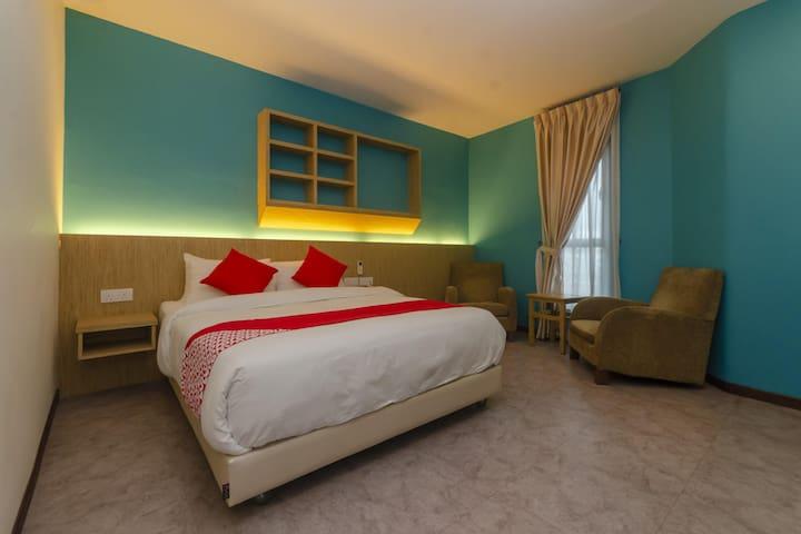 Rs Boutique Hotel- 1BR Suite Double! On Sale!