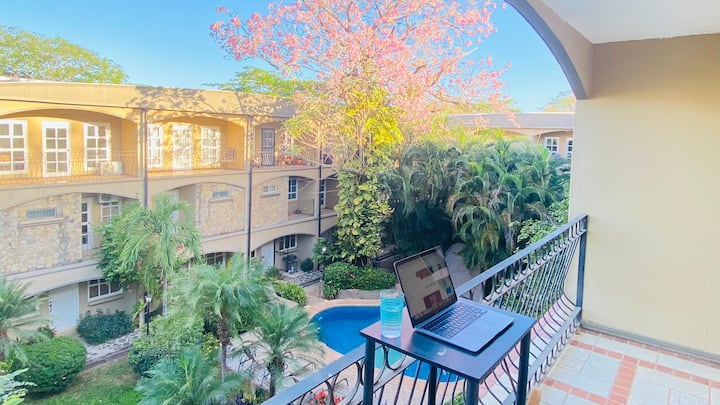 Gated 3 story apt. Tamarindo center Villa Verde 1