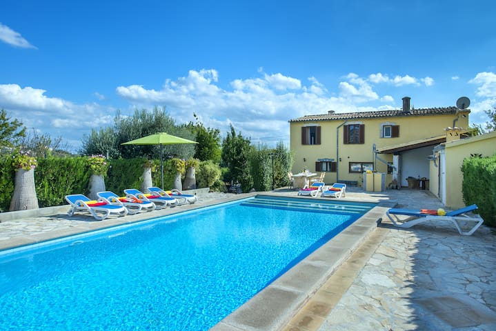 Enjoy in Villa Alqueria with Private Pool and Great Views