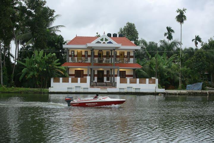 Meenakshi rivervilla and house boats