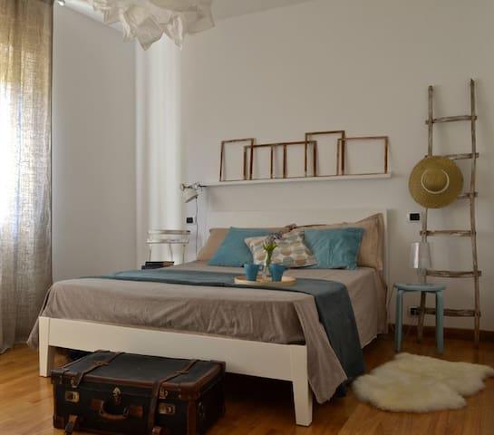 SALENTO: Mare,Relax e Vita notturna - Torre San Giovanni - Hus