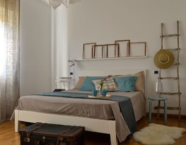 SALENTO: Mare,Relax e Vita notturna - Torre San Giovanni - บ้าน