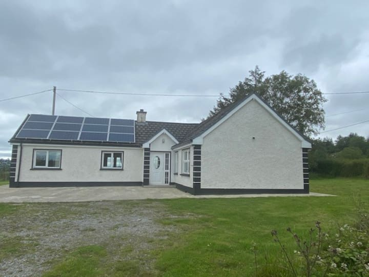 3 bedroom cottage with stunning views