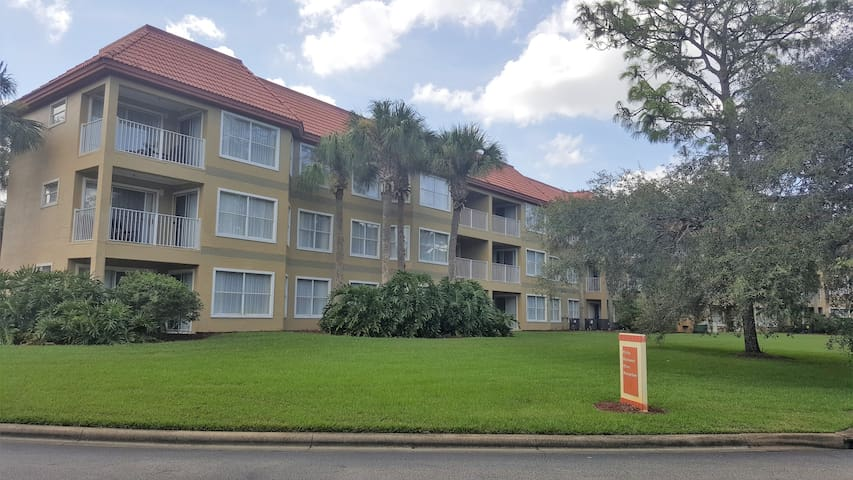 2 Bedroom/2 Bath Near Universal & SeaWorld/TBD
