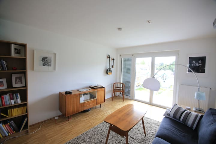 Private flat 70m2 for you only - free parking