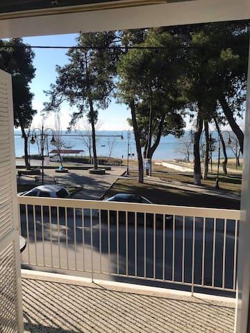Michaniona next to sea Beautiful appartment
