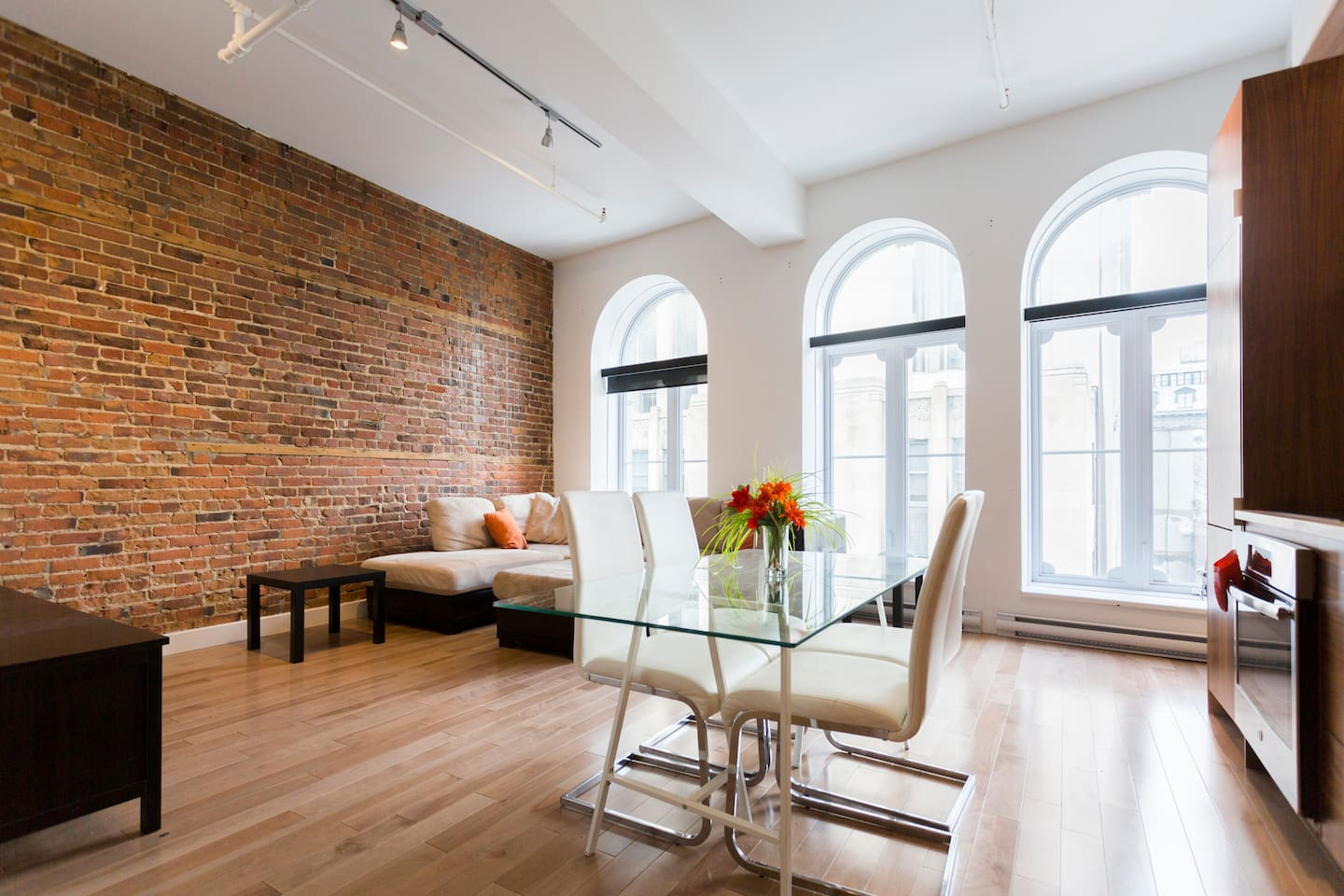 Great open-spaced loft with huge windows allowing lots of natural light