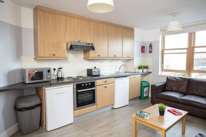 2 Bedroom Apartment - Griffith College 4 Pax